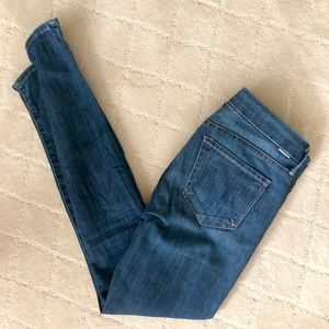 """MOTHER Size 25 """"The Looker"""" Skinny ankle jeans"""